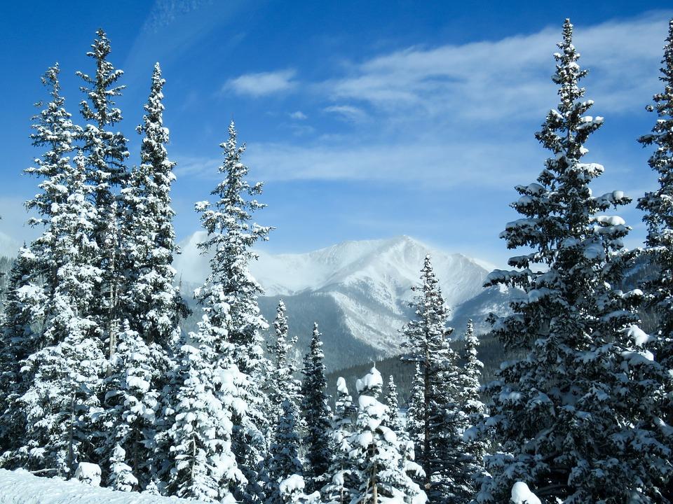 mountains-1790260_960_720