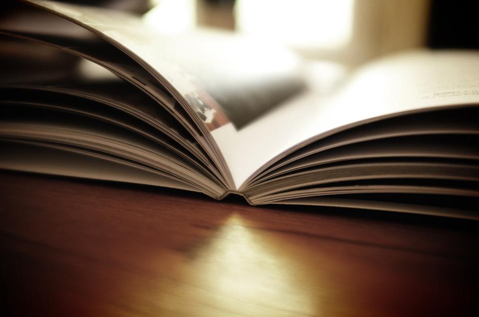 book-1867716_960_720
